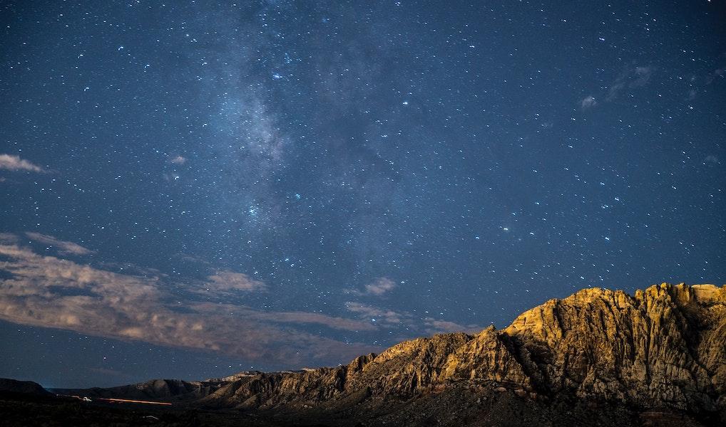 Wat staat er in de sterren? Dit is wat astrologen zeggen over 2021