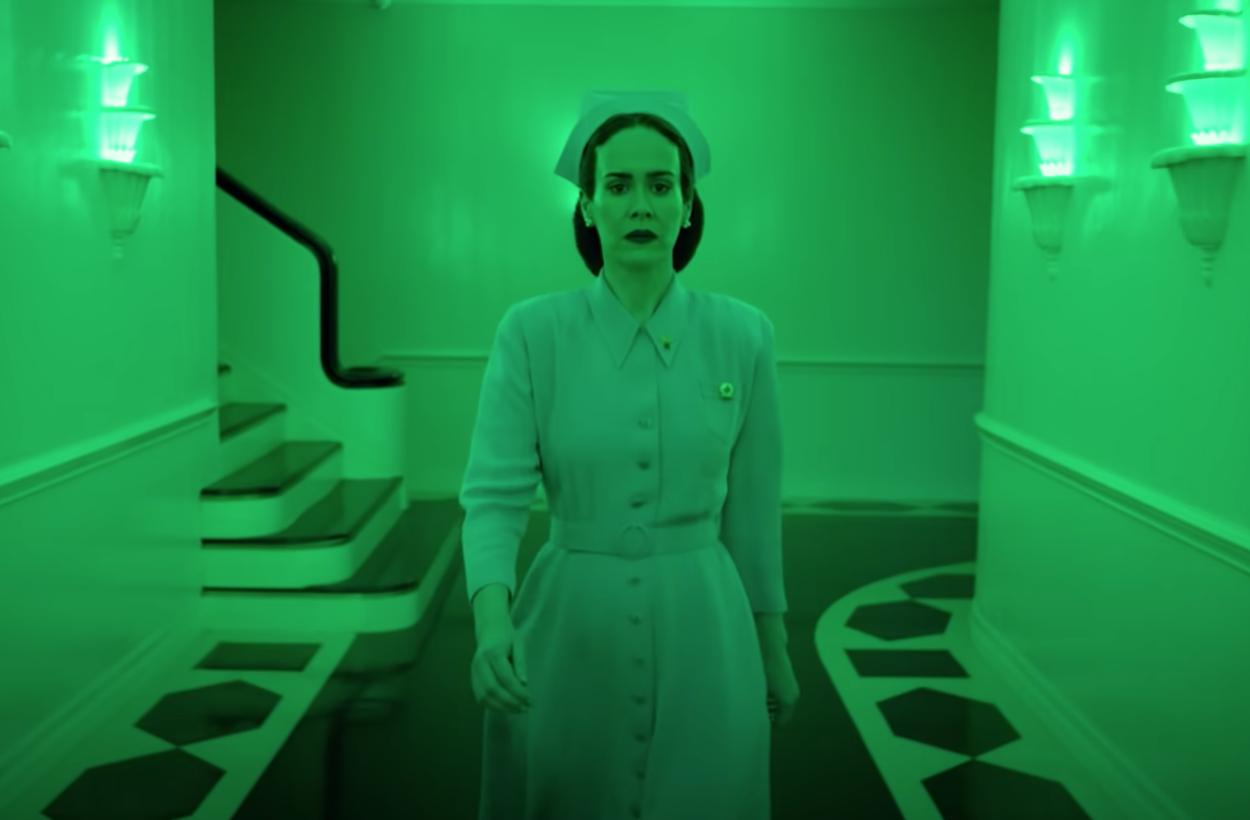 Creepy zuster uit klassieker 'One Flew Over The Cuckoo's Nest' krijgt Netflix-serie en de trailer is #OMG