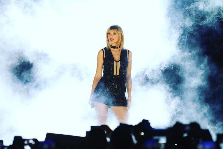 WOW: Dit zijn de 10 best verdienende vrouwen in de muziekindustrie!