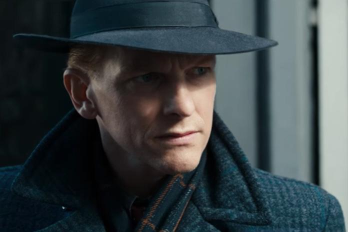 Barry is back: Atsma steelt de show in nieuwe oorlogsfilm Bankier van het Verzet