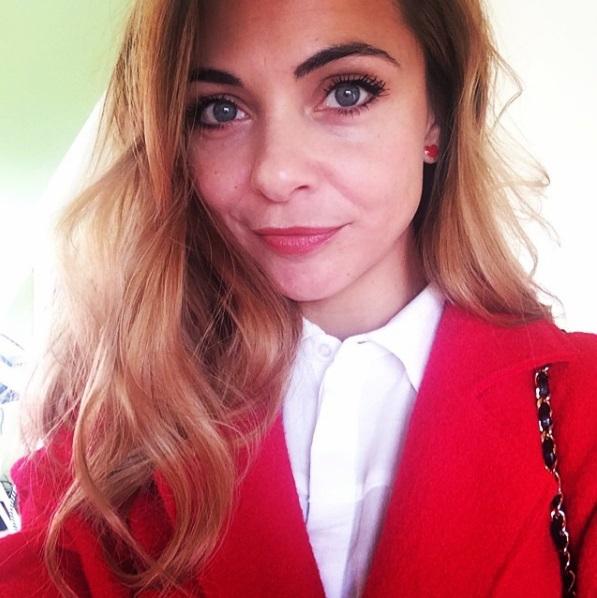 Georgina Verbaan deelt pikante fotoshoot op Instagram