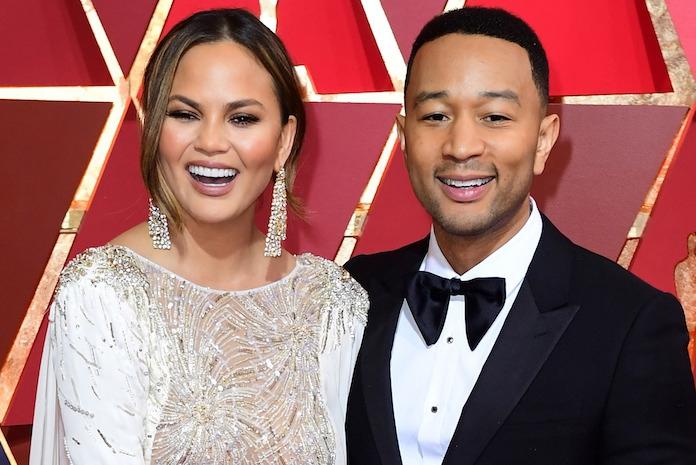 Vakantie vierende John Legend en Chrissy Teigen in paniek na aardbeving Indonesië