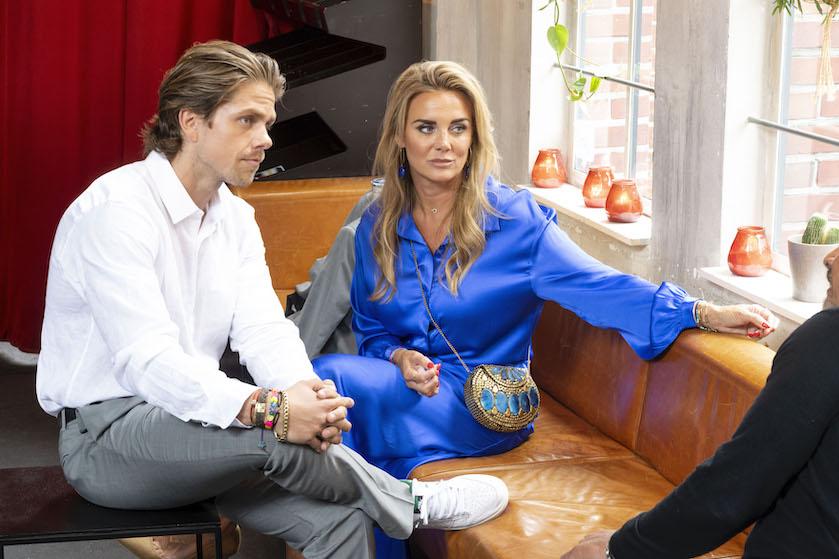 André en Monique kunnen rekenen op bakken kritiek: 'Slecht voorbeeld en respectloos!'