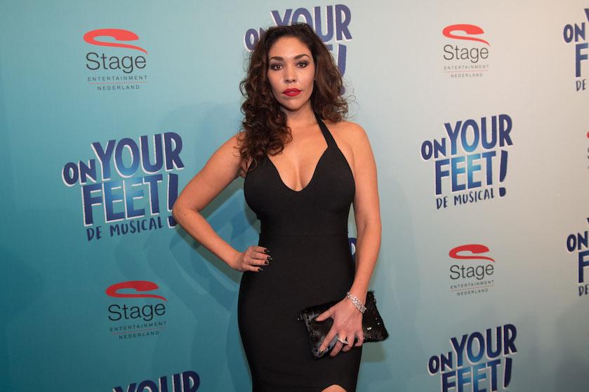 Nieuwe single zangeres Hind Laroussi komt binnen in Amerikaanse hitlijst