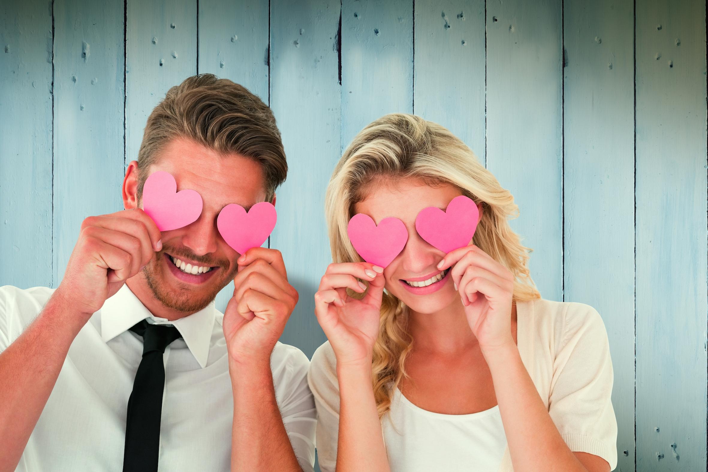 5 dingen die er met je lichaam gebeuren wanneer je verliefd bent