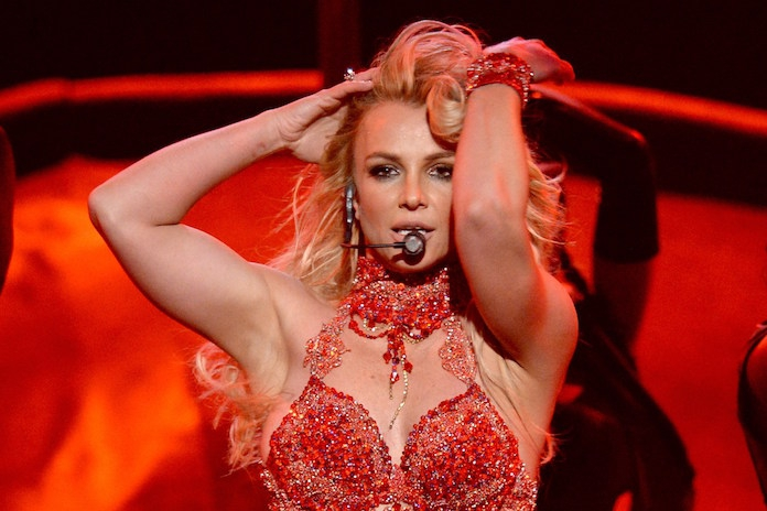 Britney Spears-fans protesteren tegen 'gedwongen' opname met '#FreeBritney'