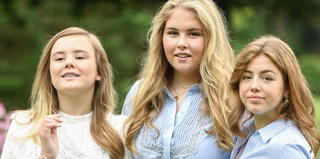 Wat een knappe prinsessen: nieuwe foto's van Amalia, Alexia en Ariane vrijgegeven