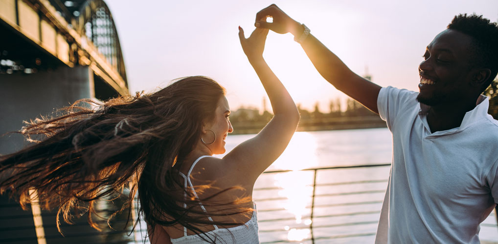 Zit je per ongeluk in een 'situationship' in plaats van een relatie? Dit zijn de 5 tekenen