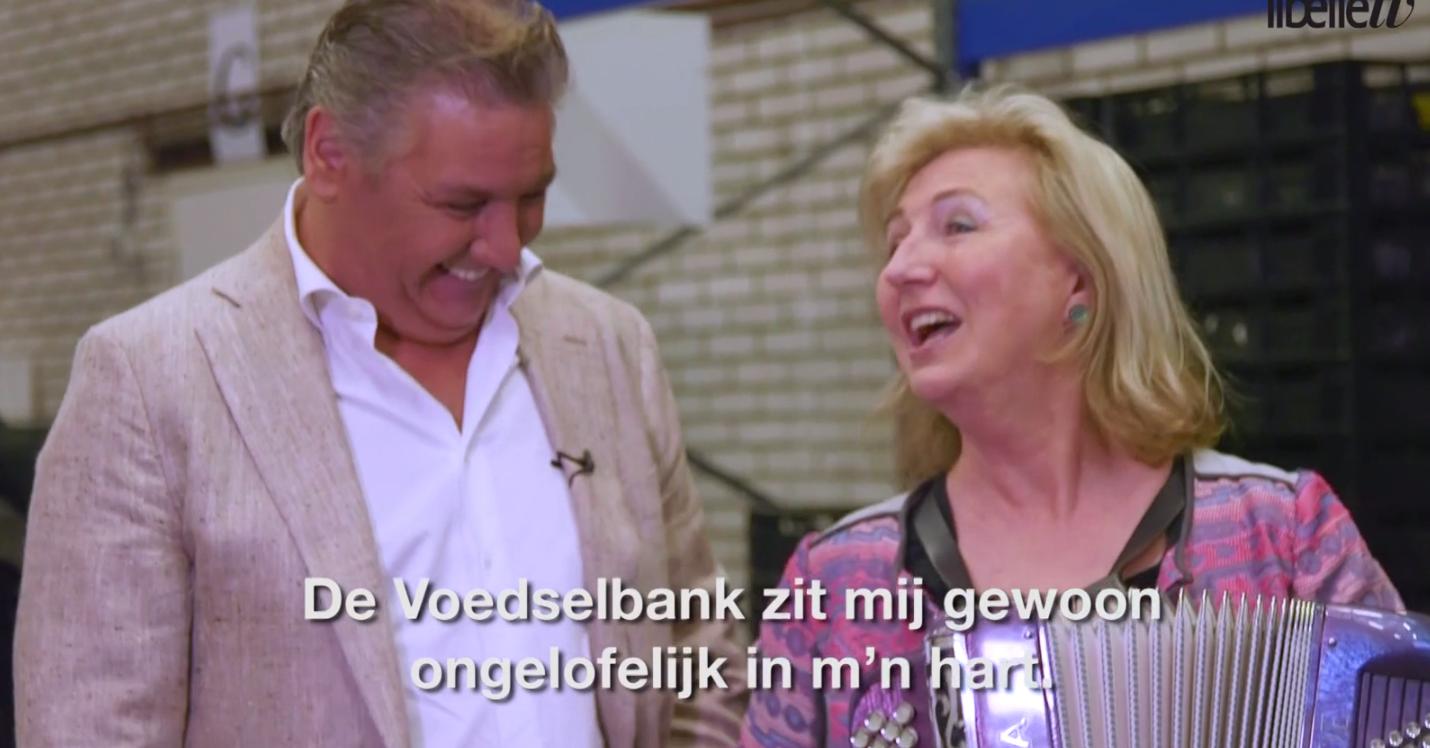 ZIEN: Natasja en René Froger bij de Voedselbank
