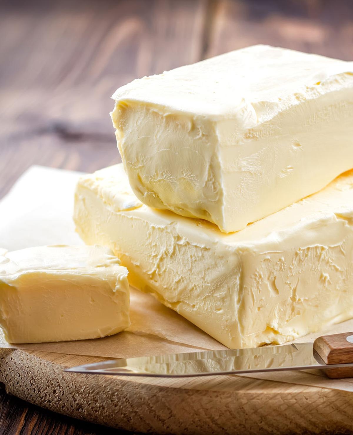 Zo wordt harde boter weer smeerbaar (trucje!)
