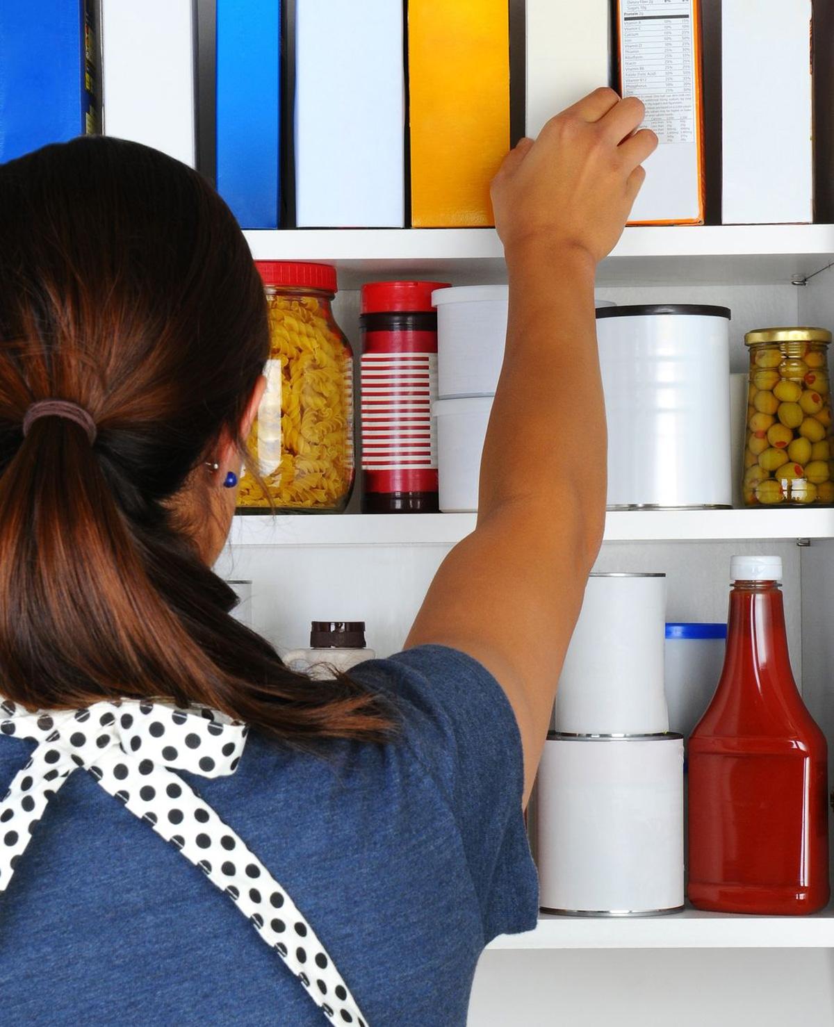 Dieuwke blogt week 2: de keuken en voorraadkast opruimen