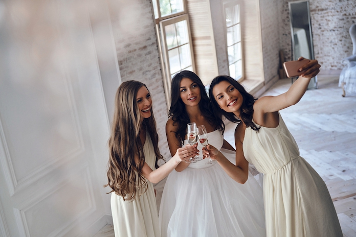 Overweldigend paradijs: grootste trouwwinkel ter wereld opent in Nederland