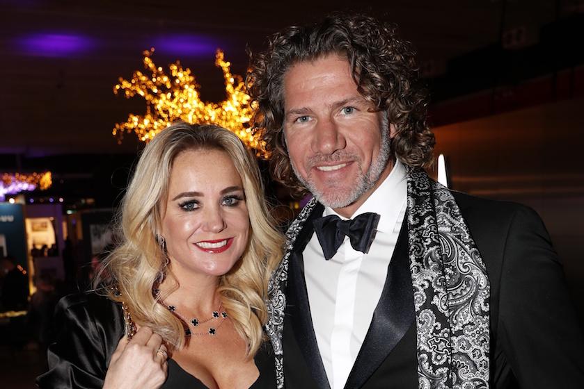 Vriend Sonja Bakker houdt hoop na geëscaleerde relatiecrisis: 'Kerst samen doorbrengen zou geweldig zijn'