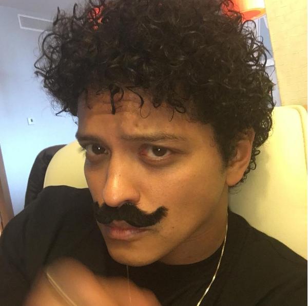 YES! Bruno Mars binnenkort in Carpool Karaoke