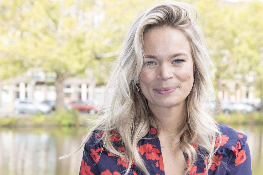 Jet van Nieuwkerk deelt eerlijke en vooral realistische foto's van het kersverse moederschap