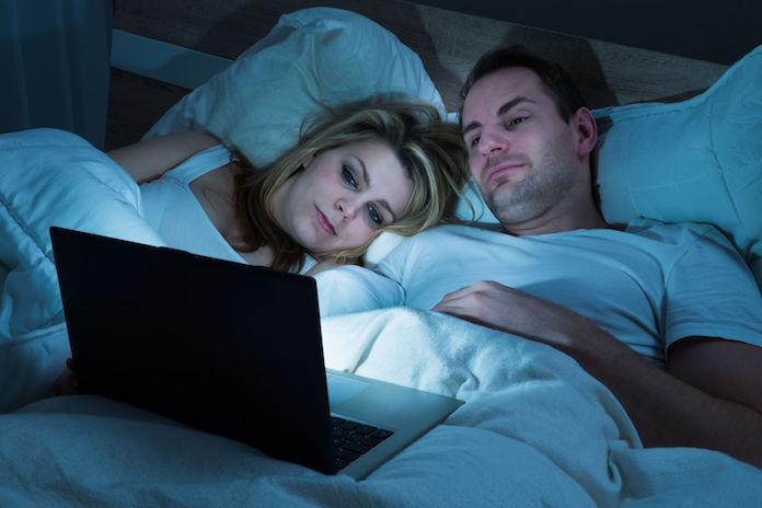 Netflixers opgelet: bingewatchen is slecht voor je nachtrust
