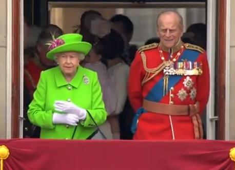 WOW! Deze baan op Buckingham Palace is bijna te mooi om waar te zijn