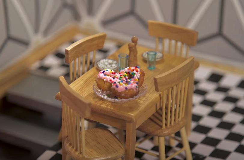 Zo maak je mini donuts in je poppenhuis