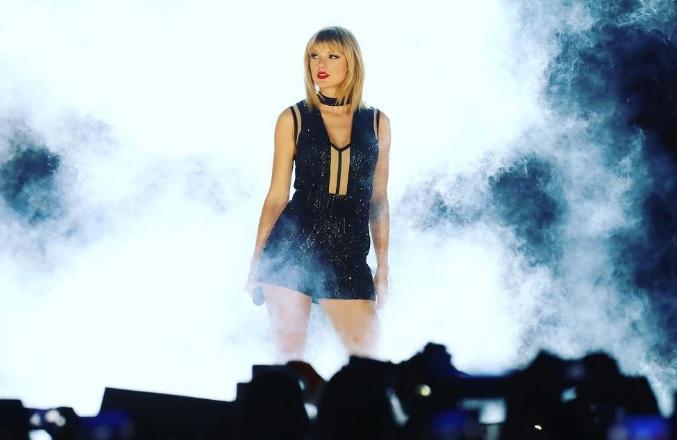 Oeps: Over welk ex-vriendje praat Taylor Swift in nieuw lied?