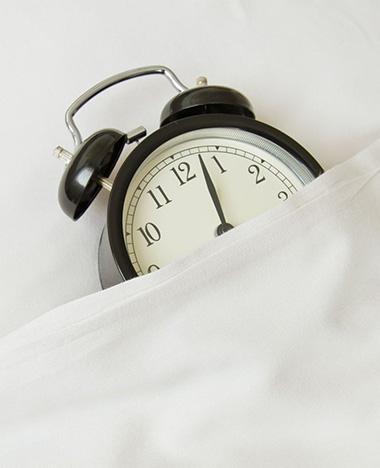 Deze app zorgt dat je op tijd naar bed gaat