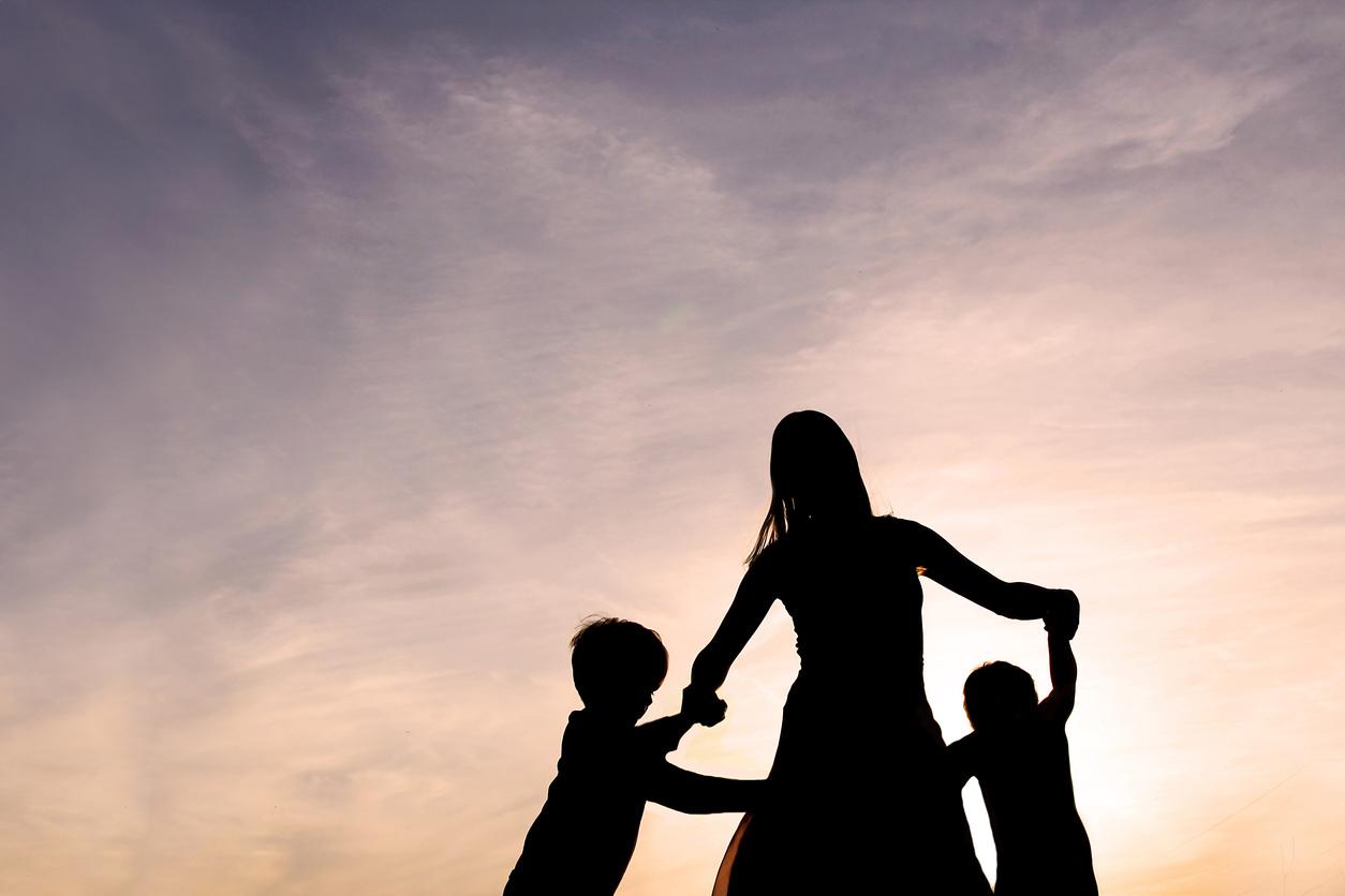 Opgebiecht: 'Ik vind mijn dochter leuker dan mijn zoon'