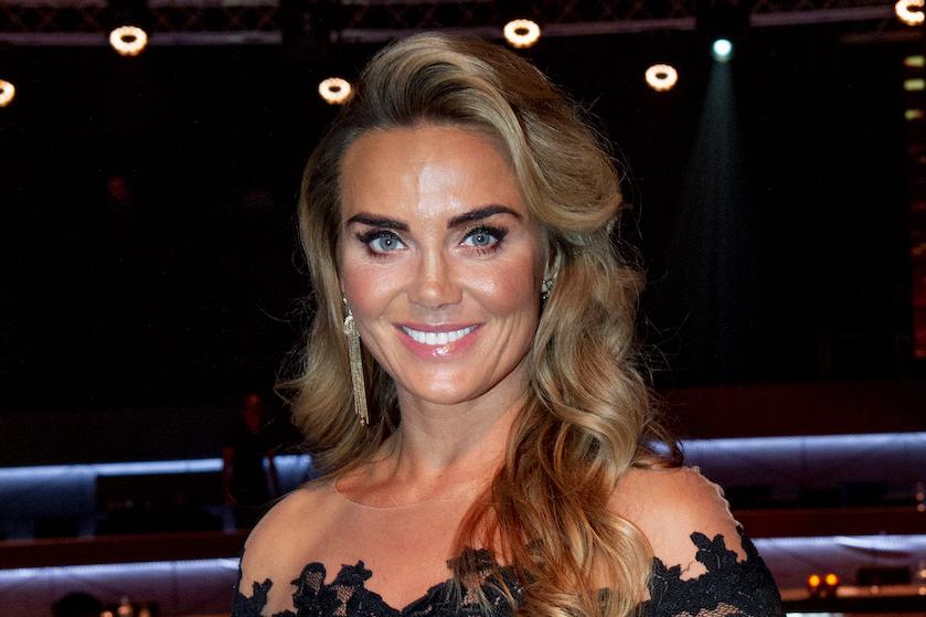 Monique Westenberg herenigd met harige vriend 'André'