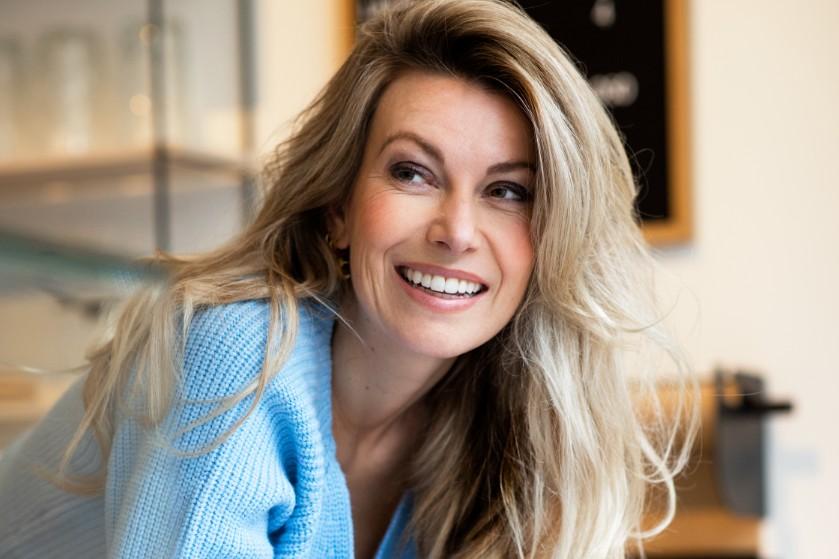 Schrijfster Susan Smit woont niet samen met haar man: 'Het houdt je relatie fris'