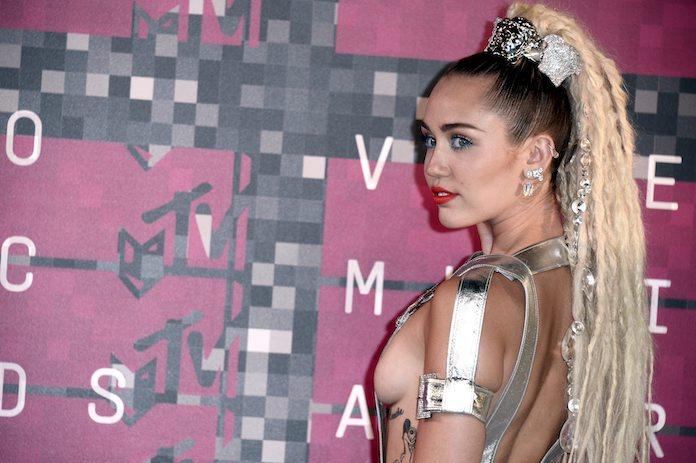 Binnenkijken bij de landelijke woning van Miley Cyrus