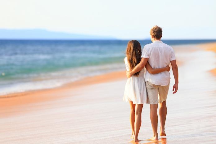 Trend: waarom steeds meer koppels op pre-huwelijksreis gaan