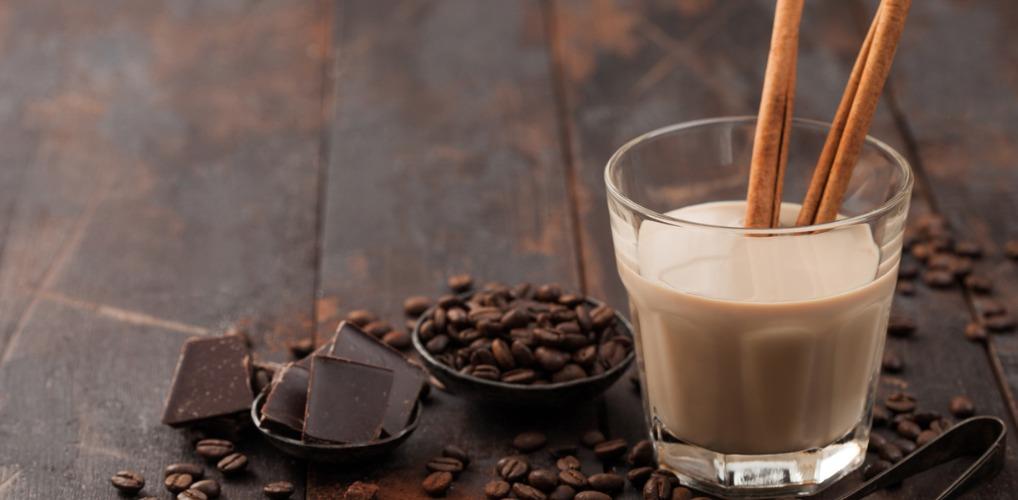 Milkyway in een glaasje: Aldi komt met witte chocoladelikeur