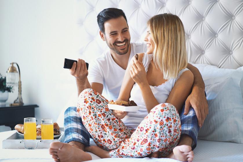 Hoe ons seksleven lijdt onder het oneindige aanbod films en series