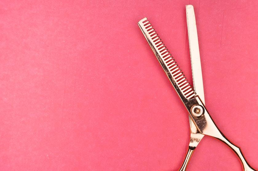 De beste tips van een kapper: zó knip je het haar van je kind tijdens lockdown