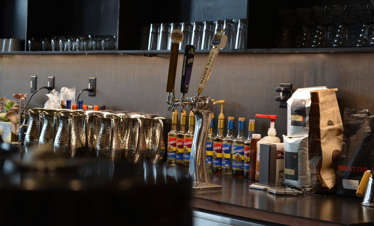 naturally-pinterest-has-the-kind-of-souped-up-coffee-and-beer-bar-youd-expect-from-a-bay-area-tech-company-with-chefs-cooking-up-healthy-lunches-for-employees-daily