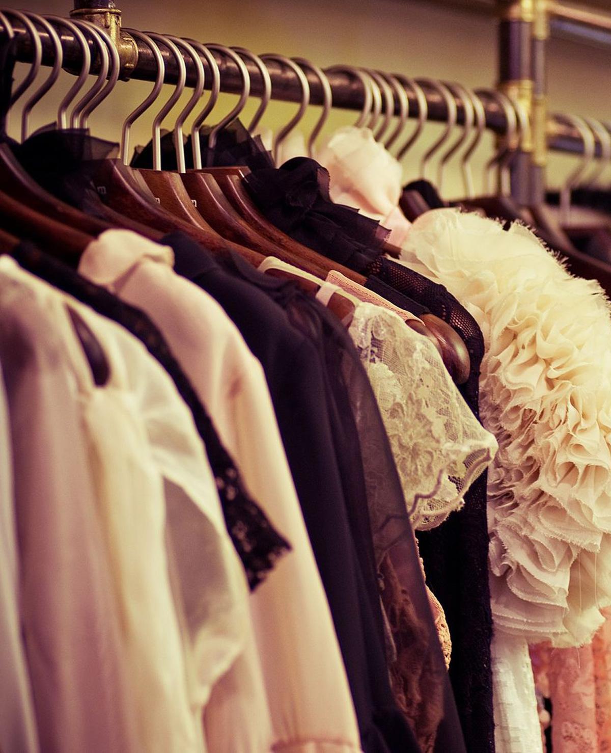 Kledingkast opgeruimd? Dit doe je met oude kleding!