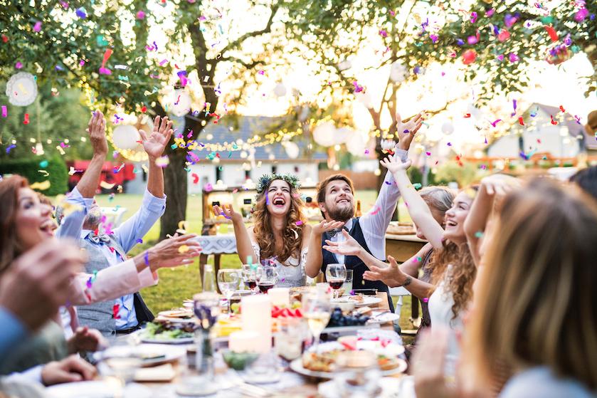 Een expert legt uit: zo veel geld geef je cadeau bij een bruiloft