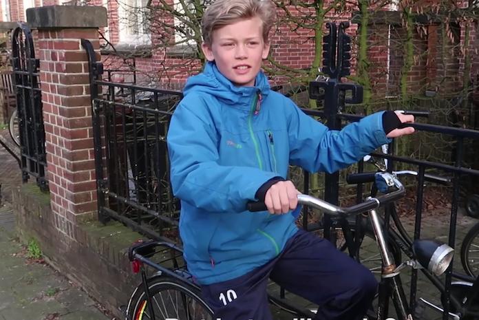 Gezinsvlogger Christien: 'Wanneer mag je kind alleen naar school fietsen?'