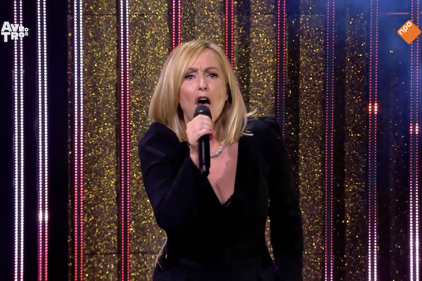 Bakken kritiek voor optreden Angela Groothuizen op 'Televizier-Ring Gala': 'Verschrikkelijk slecht en vals'