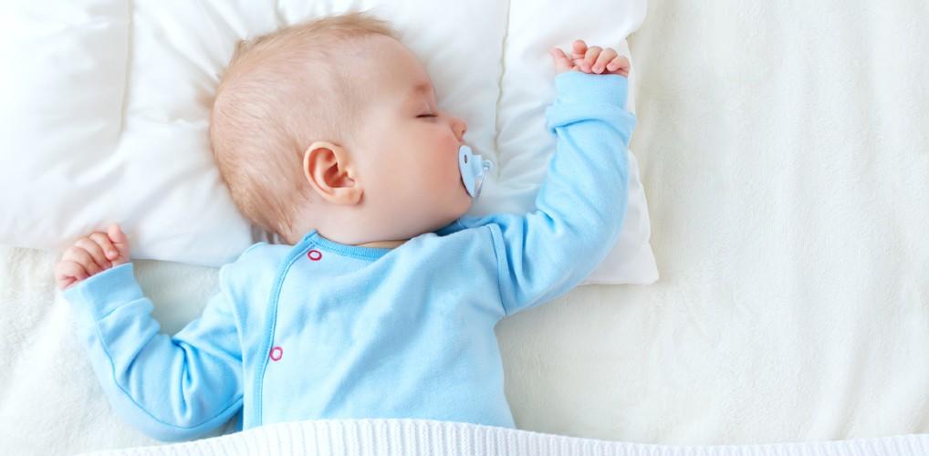 Van volle bos tot kaal koppie: waarom heeft de ene baby meer haar dan de ander?