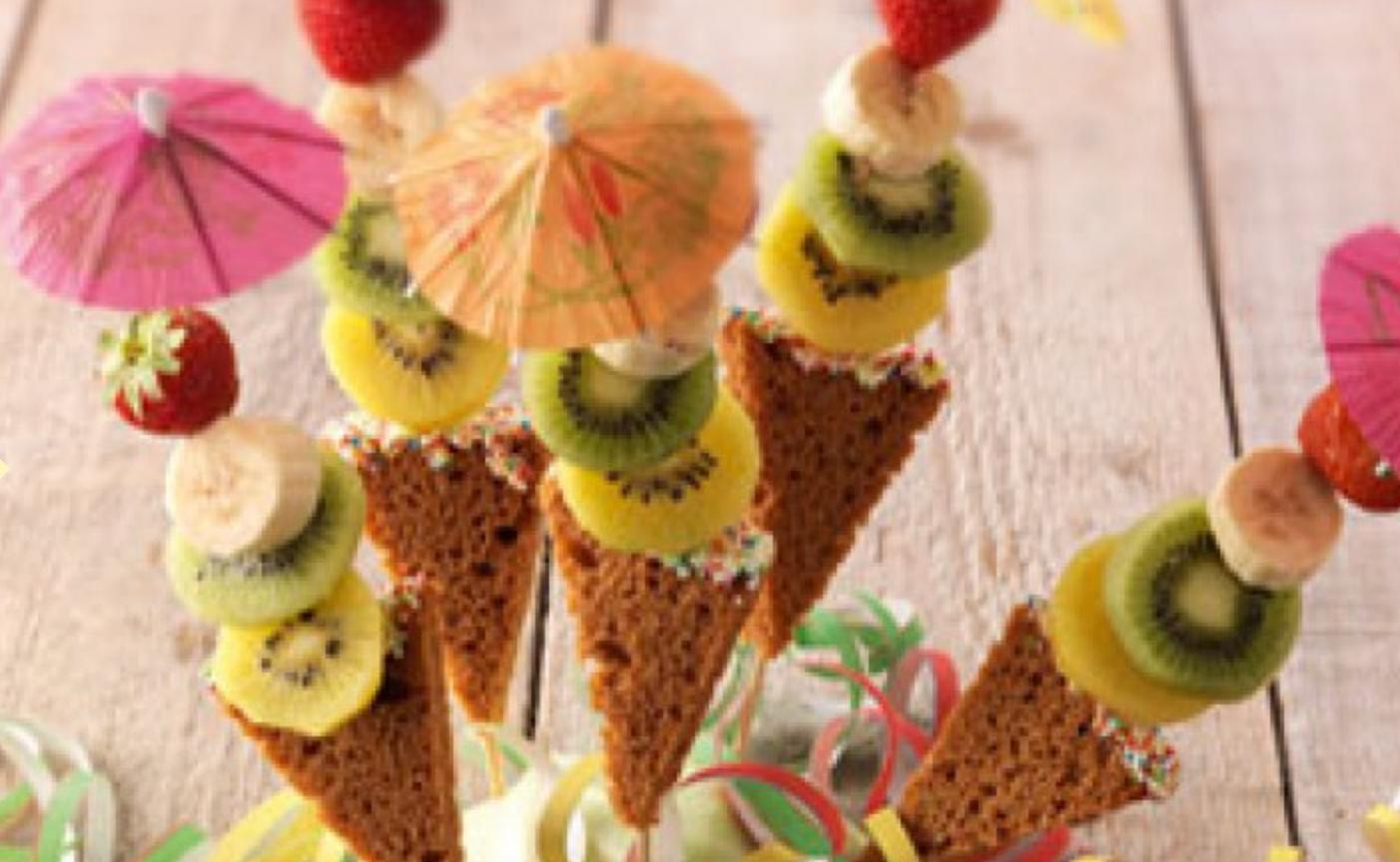 Kindertraktatie: ontbijtkoek fruitijsjes