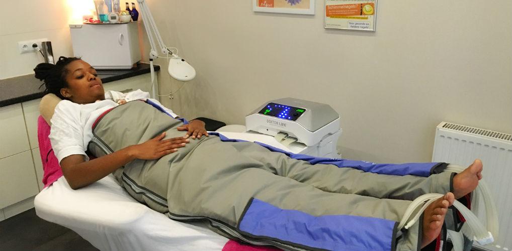 VIDEO: Mandy test compressietherapie tegen cellulite (+ krijg 15% korting!)