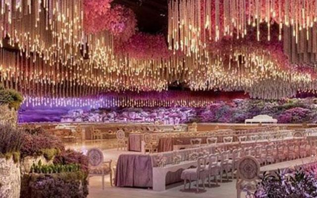 Dit is het waanzinnigste trouwfeest ooit
