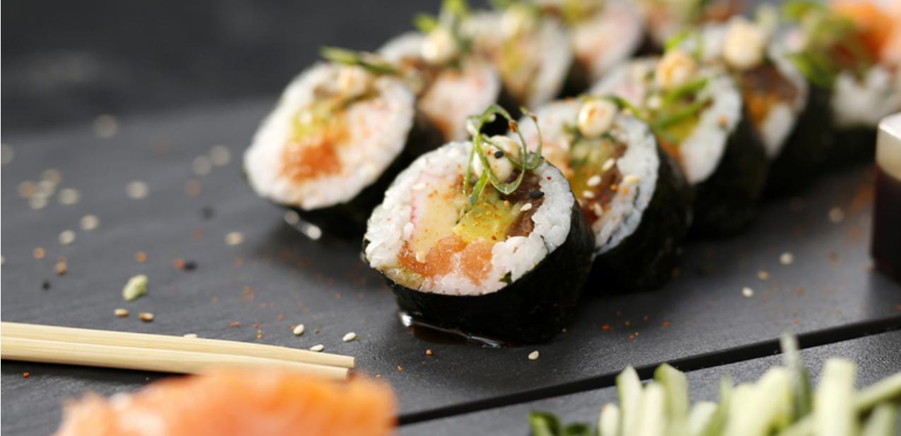 Best of both worlds: deze ijssalon verkoopt sushi-ijs!