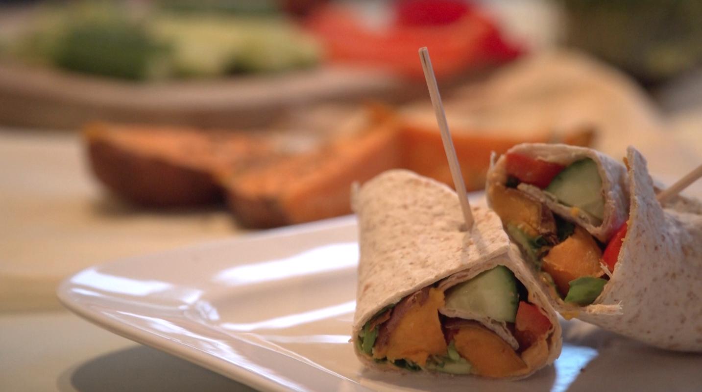 Recept: Zoete aardappel wraps van Lisa Goes Vegan + WINACTIE!