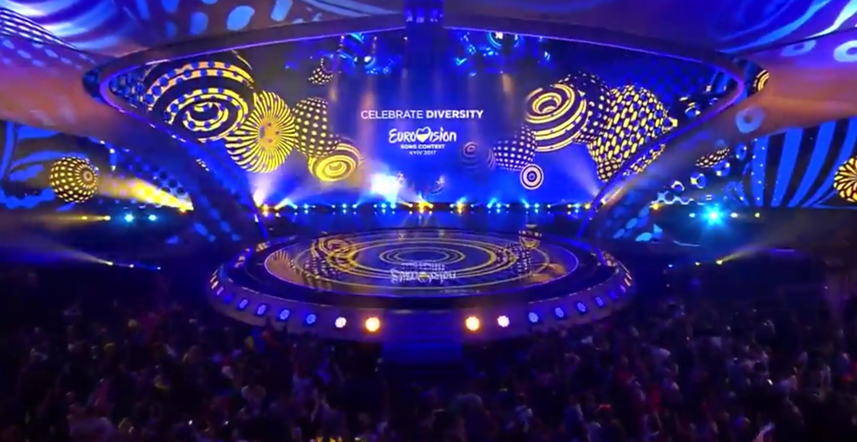 ZIEN: Dit waren de bizarste acts van de eerste halve finale van het Songfestival