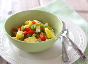 Kokosrijst met paprika en ananas