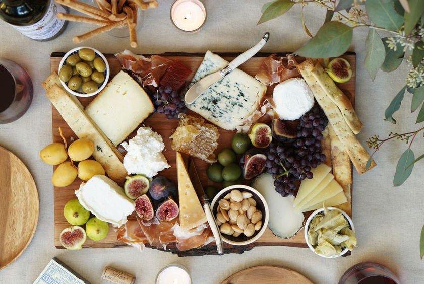 Bewezen: Kaas eten kan zorgen voor een langer leven!