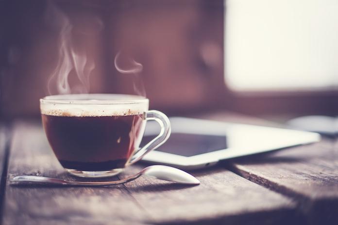 BEWEZEN: koffiedrinkers hebben minder kans om te sterven aan bepaalde aandoeningen