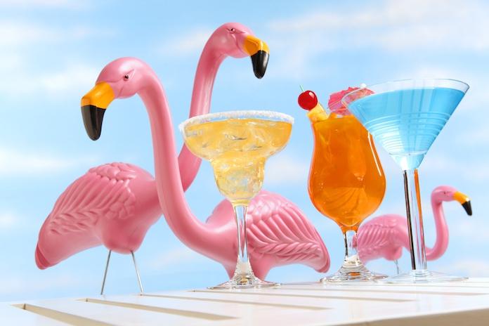 Hebben: opblaasbare flamingo koeler