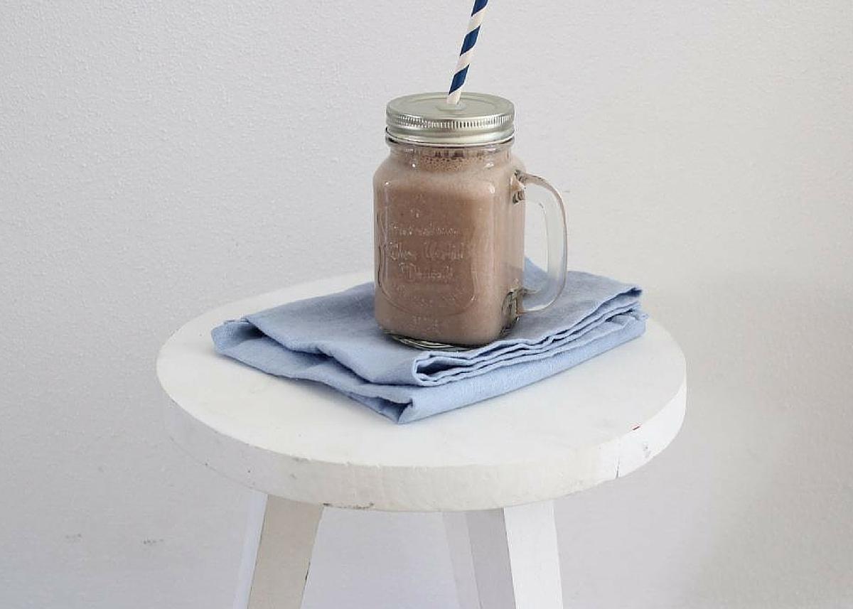 Banaan-chocolade-koffie shake