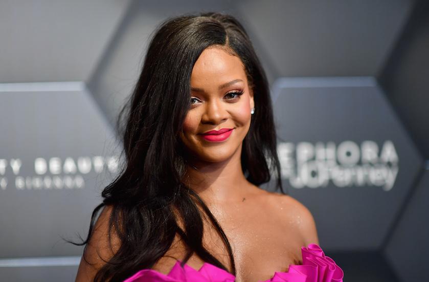 Under my rumbrella: Rihanna zuipt zich klem in Amerikaanse talkshow